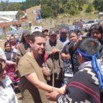 Padre de Camilo Catrillanca recibió a familiares de PDI ultimado en operativo en Temucuicui